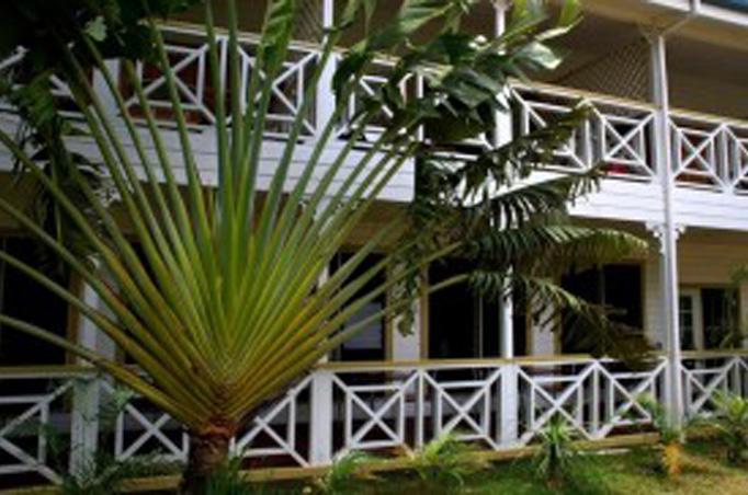 Hotels und Resorts auf Tonga, Bild: Waterfront Lodge